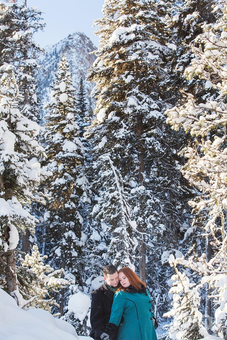Fairmont Chateau Lake Louise Engagement Session 24