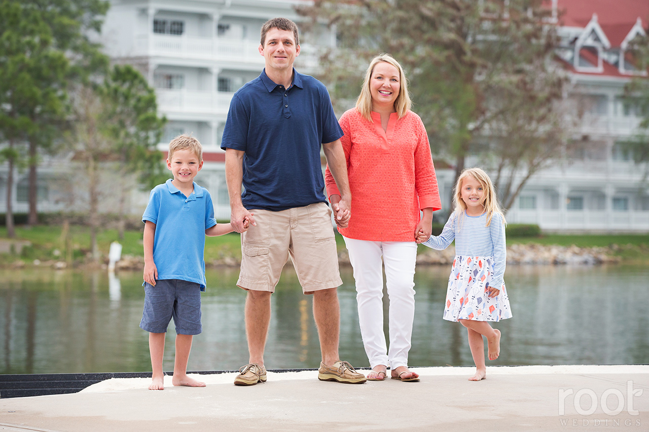 Disney Grand Floridian Family Portrait Session05