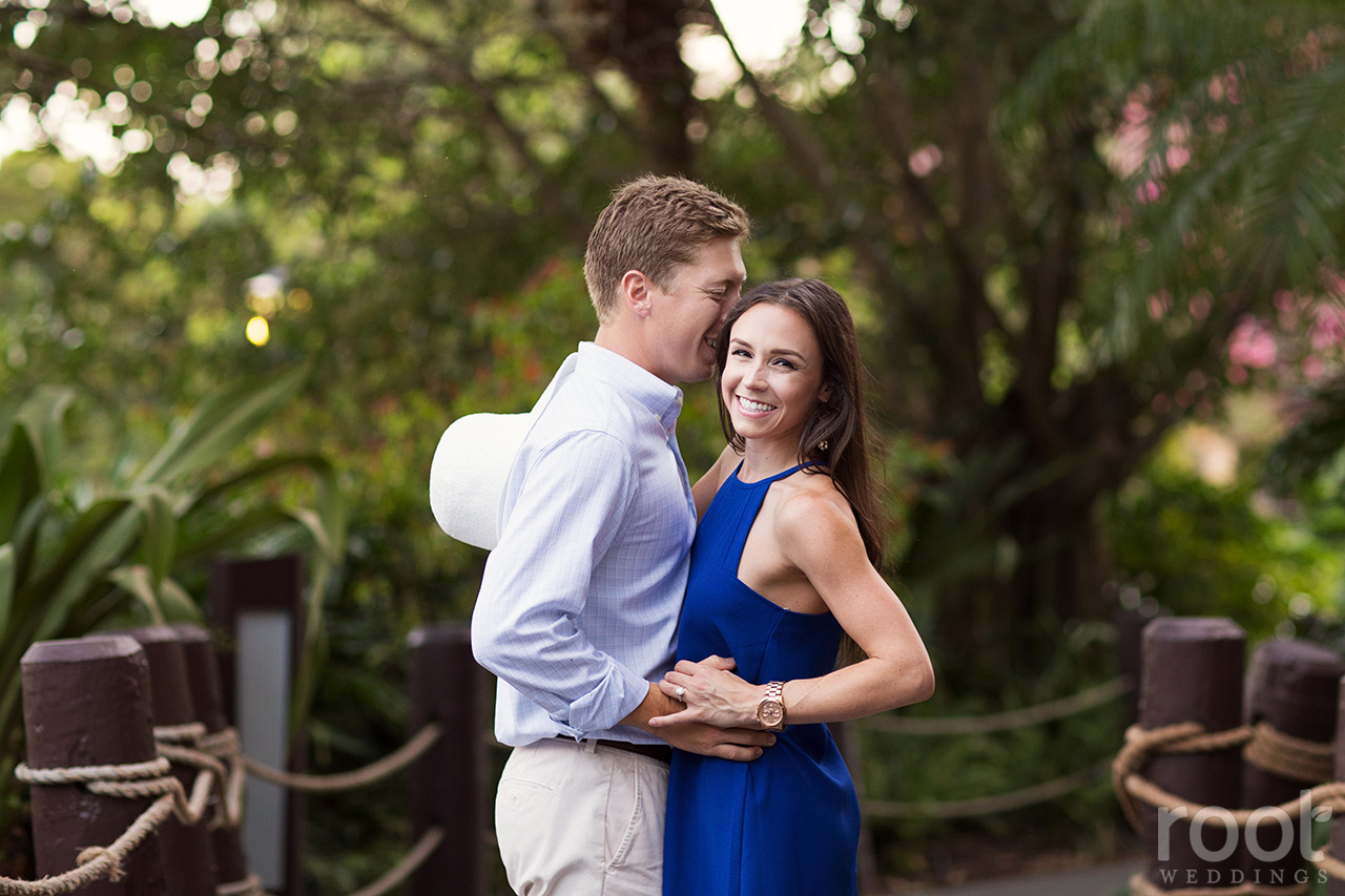 disney-polynesian-village-resort-engagement-session-14