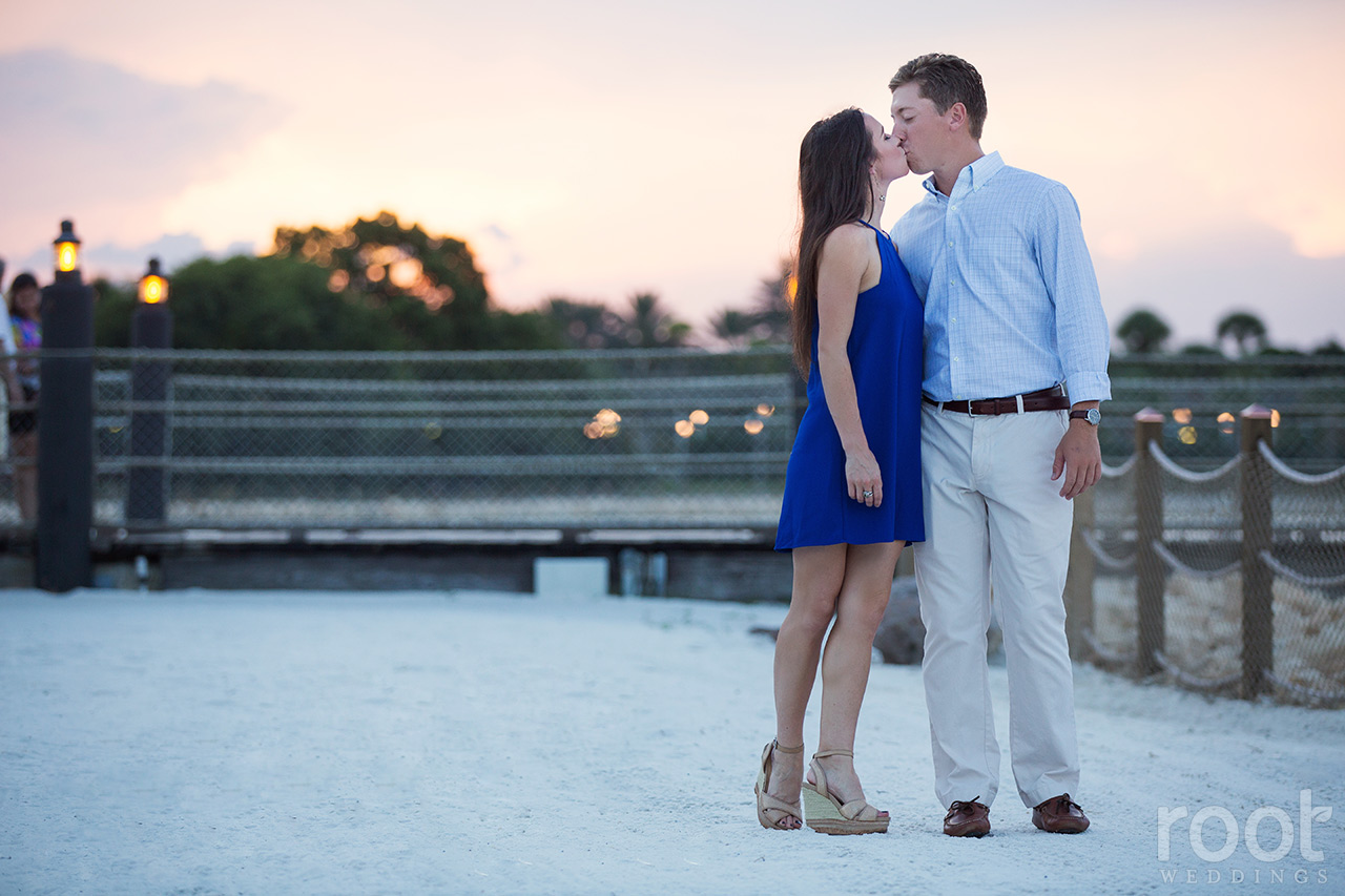 disney-polynesian-village-resort-engagement-session-18