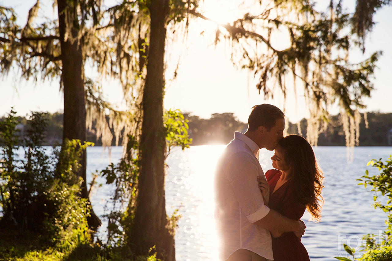 rollins-college-campus-engagement-session-15