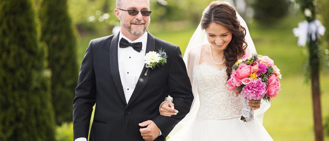 Melissa + Paul : Live Well Farm Wedding in Harpswell, Maine