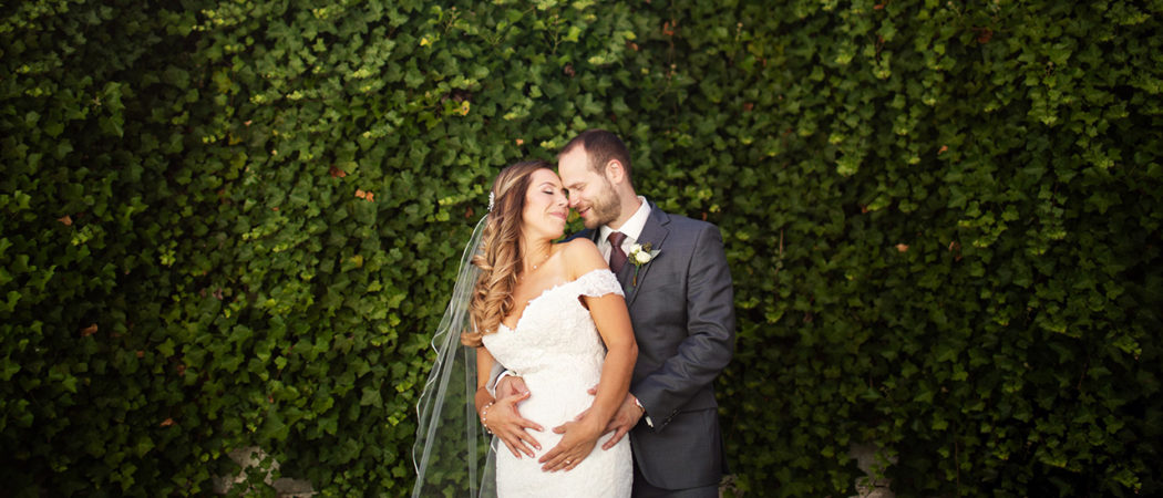 Brooke + Derek : Carnation Farms Wedding in Redmond, WA