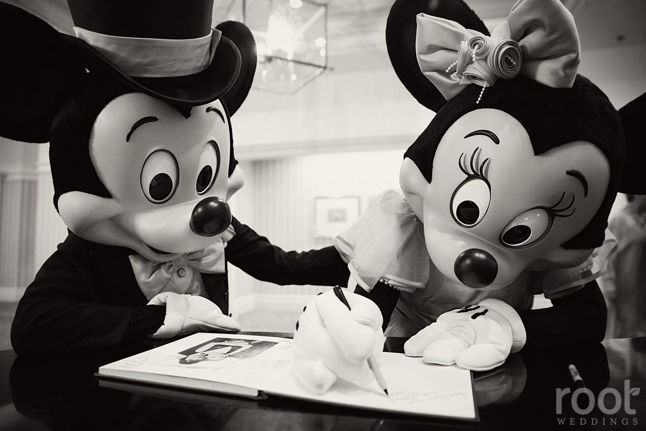 Eddings Season 1 Disneys Fairy Tale Vaca