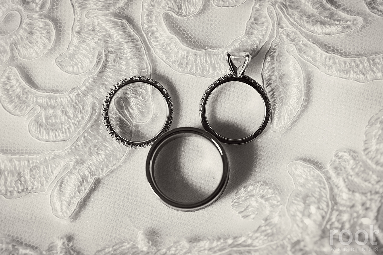 Wedding rings in Mickey Shape