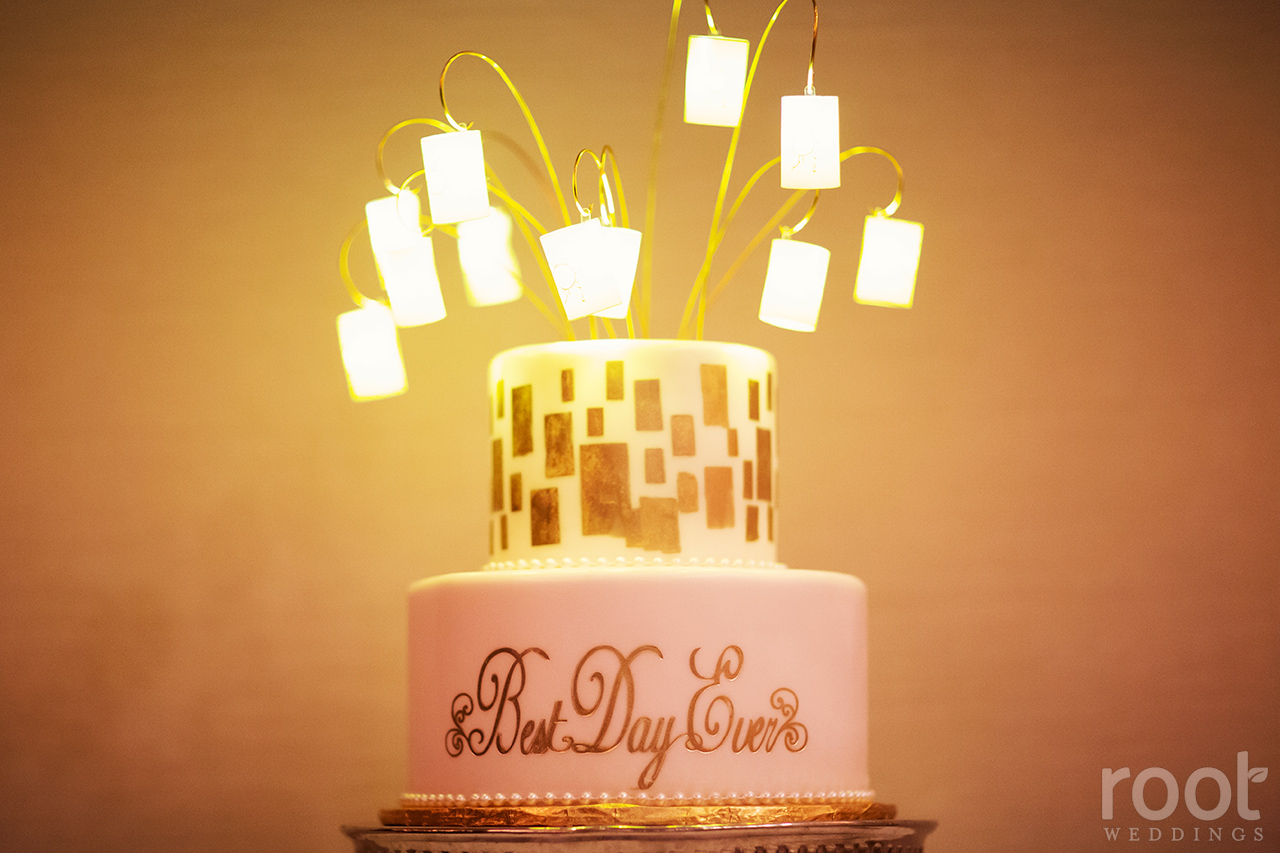 "Rapunzel Tangled ""Best Day Ever"" lantern wedding cake"