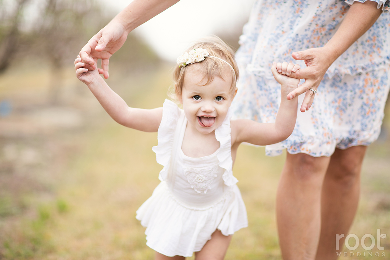 Southern Hill Farms Peach Blossom Family Session